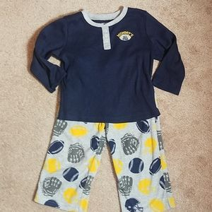 Carter's size 2T mommy's All Star pajama set